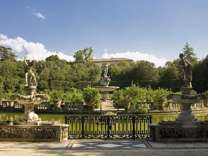 Palazzo Pitti Con Galleria Palatina Giardino Di Boboli